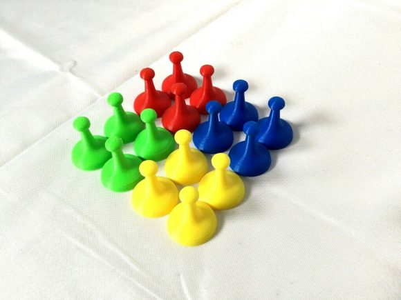 Spare Game Movers//Counters Set Of 4 Red//Yellow//Green//Blue Very Good Condition.
